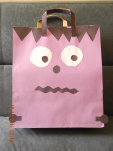 make a trick or treat bag