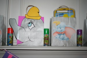 dumbo birthday party goody bags