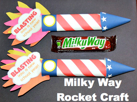 Propel your kids into the new school year with a Milky Way candy bar craft.  This free printable makes this project a snap!