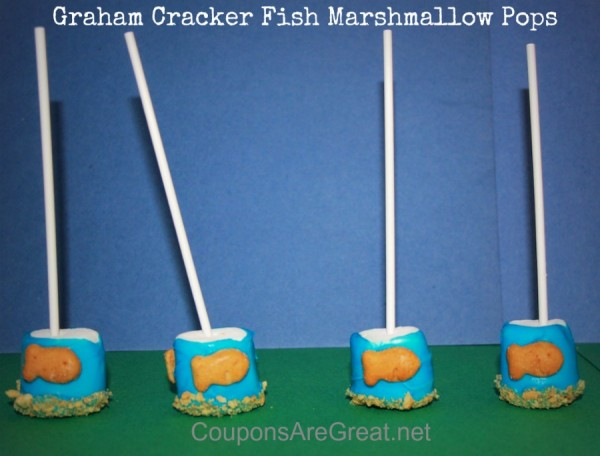 graham cracker fish marshmallow pops