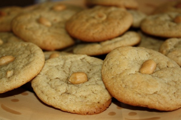 peanut-butter-banana-cookies