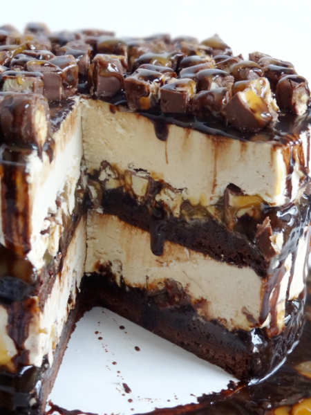 snickers_brownie_ice_cream_cake